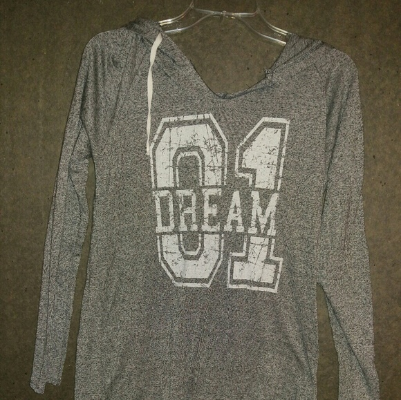 City Streets Tops - Never worn light pullover